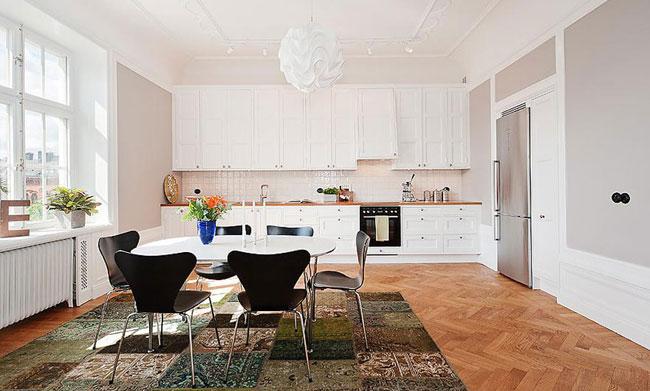 Kök i äldre våning