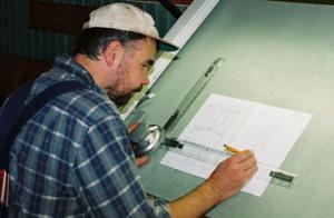 STEG 3). Beredningsarbete När du bestämt dig för att anlita Snickeri Tallkotten börjar beredningsarbetet. Här tar vi fram skisser och bestämmer vilka material som ska användas.